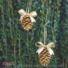 Simple DIY Gold Pinecone Ornaments - Quick and easy Christmas ornament craft