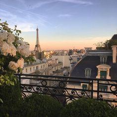 balcony view (@guillaumedavid/instagram)