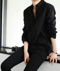 All black shirt blouse jeans