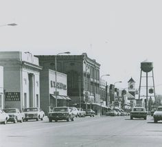 Downtown Alma (around the 1950's): Archival photographs.