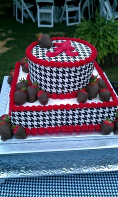 Groom's cake - My Honey Would LOVE This!