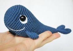 Crochet blue whale free amigurumi pattern