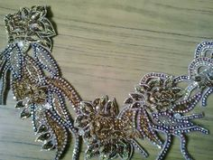 Couture Embroidery, Beaded Embroidery, Embroidery Designs, Arabic Dress, Motifs Perler, Figure Skating Dresses, Belly Dance Costumes, Gold Work, Traditional Dresses