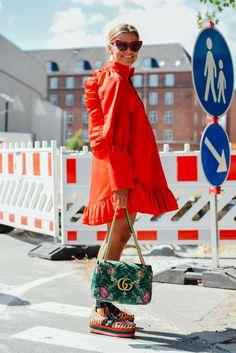 summer fashion for women Fashion Weeks, Fashion Outfits, Fashion Trends, Fashion Bloggers, Easy Style, Moda Fashion, Womens Fashion, Abaya Fashion, Latest Fashion