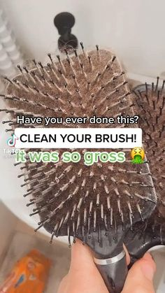 Household Cleaning Tips, House Cleaning Tips, Diy Cleaning Products, Cleaning Hacks, Amazing Life Hacks, Simple Life Hacks, Useful Life Hacks, Hacks Diy, Home Hacks