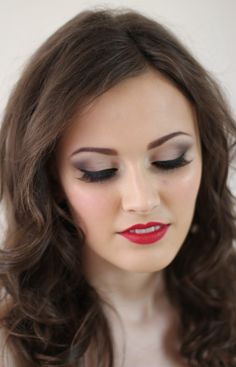 Mammaful Zo: Beauty, Fashion & Lifestyle: Prom Queen #prom hair