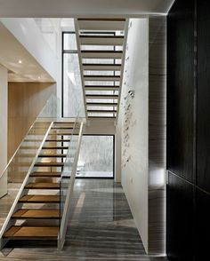 Image 20 of 35 from gallery of The Vertical Forest / Waterfrom Design. Photograph by Kuomin Lee Railing Design, Door Design, House Design, Glass Stair Balustrade, Stainless Steel Staircase, Vertical Forest, Escalier Design, Glass Stairs, Interior Staircase