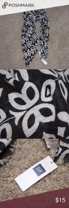 Black and white scarf Black and white scarf GAP Accessories Scarves & Wraps