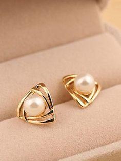 Aurelian Angled Pearl Stud Earrings