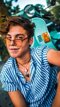 Hi my name is Matthew Espinosa and I like to mess with teenage girls hormones by posting hot pics of myself HUHHHHHHHHHH Matthew Espinosa, Gossip Girl Fashion, Boy Fashion, Gossip Girls, Toddler Outfits, Boy Outfits, Latest Boys Fashion, Magcon Boys, Boys Wear