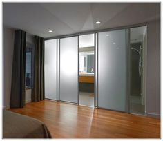 sliding glass door with a four-door white color, for your bathroom at home