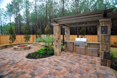 fire pit and grill Outdoor Spaces, Outdoor Living, Outdoor Decor, Fire Pit Designs, Fire Pit Backyard, Garden Landscaping, Landscaping Ideas, Outdoor Gardens, Woodland