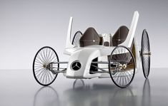 Mercedes-Benz F-CELL Roadster with Hybrid Drive (2)