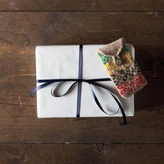 Dainty and Folky Gift Card Sleeves
