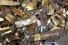 Copper Prices are per ton millberry copper, for sale Recycling Steel, Scrap Recycling, Garbage Recycling, Copper Prices, Metal Prices, Metal For Sale, Metal Shop, Aluminum Cans, Aluminum Radiator