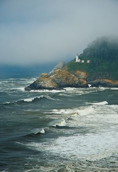 Heceta Head Lighthouse, Oregon. We've been up in this lighthouse. So pretty.