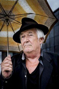 Muere Henning Mankell, maestro sueco de la novela negra