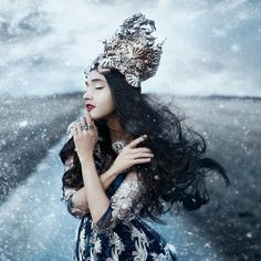 "2,451 Likes, 44 Comments - Bella Kotak (@bellakotak) on Instagram: ""A Winter Portrait. . Join me behind the scenes as I capture and edit this picture!! ❄️ -…"""