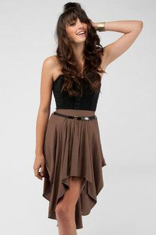 Brown and black do go together. Gorgeously