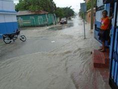 Calles de Barahona anegadas por falta de un sistema de alcantarillado