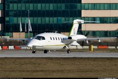 Piaggio P-180 Avanti - Italy - Guardia di Finanza | Aviation Photo #1328774 | Airliners.net