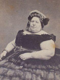 Antique-Civil-War-CDV-Photo-Circus-Sideshow-Freak-FAT-LADY-Tax-Stamp-New-York