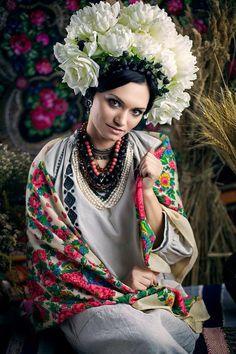 #Ukrainian #Style #Spirit of #Ukraine Vía Ukraine. Total Recall.