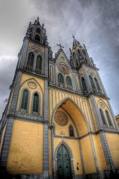 """landscapelifescape: """" Spanish Cathedral, Malabo, Bioko Norte, Equatorial Guinea (by Cycle the Ghost Round) """" Religious Architecture, Church Architecture, Beautiful Architecture, Beautiful Buildings, Architecture Details, Colonial Architecture, Cathedral Basilica, Cathedral Church, Old Churches"""