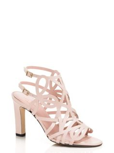 03dc1f2bd99 15 Best Shoes images in 2019