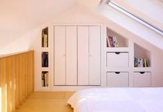Marvelous Small Attic Bedroom With Sloping Ceiling Loft Decorating Ideas : Country Home Design, Mountain Home Design, Modern Contemporary Home Design, Simple Small House Interior Design Small Loft Bedroom, Attic Loft, Loft Room, Attic Rooms, Attic Spaces, Modern Bedroom, Attic Bathroom, Contemporary Bedroom, Attic Office
