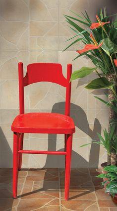 Piso Pircas tabaco y Pircas arena 45x45 #casa #interiores #pisos #decoración #hogar #revestimiento #baño Chair, Furniture, Home Decor, Home Decoration, Flats, Homemade Home Decor, Home Furnishings, Interior Design, Home Interiors