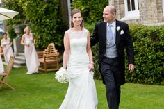 Bride & Father photography -   Image by Mike Garrard - Classic White Wedding At Hedsor House Buckinghamshire With Bride In Augusta Jones Gown With Rachel Simpson Shoes And Bridesmaids In Antique Rose Maids To Measure Gowns With Groom In Bespoke Suit From Gieves And Hawkes Savile Row