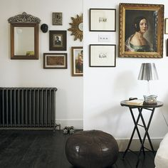 New Home Interior Design: Take a look inside this eclectic Victorian terrace in London Victorian Terrace Interior, Victorian Bedroom, Victorian Homes, Victorian Townhouse, Classic Home Decor, Classic House, Classic Style, Painted Floorboards, Hallway Designs