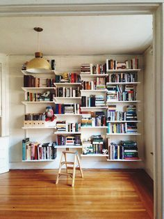 ... shelf standards lookin snazzy comfy chair nice book shelves see more