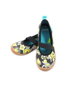 Take a look at this Yellow & Black Inspire Spin Strap Flats - Kids by CHOOZE on #zulily today!