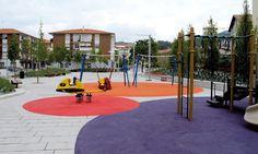 PAM - kleurrijke speelzones in kunststof - Atalaya Park, Arminza, Lemoiz, Bizkaia, Spanje - G Arquitectos