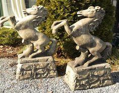 Superieur Concrete Horse Garden Statues