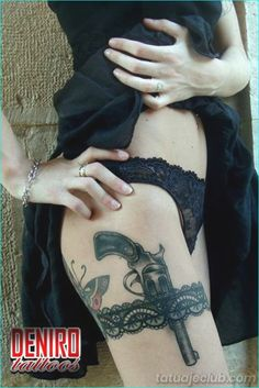 45 Attractive Lace Tattoo Designs that're really chic - Beste Tattoo Ideen Thigh Garter Tattoo, Lace Tattoo, I Tattoo, Garter Tattoos, Sword Tattoo, Tattoo Quotes, Sexy Tattoos, Body Art Tattoos, Tattoo Ink
