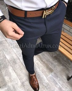 Michail score slim fit likralı açık lacivert erkek kumaş pantolon T2290 New Mens Fashion Trends, Mens Fashion Wear, Fashion Pants, Business Casual Men, Men Casual, Formal Men Outfit, Designer Suits For Men, Stylish Mens Outfits, Mens Dress Pants