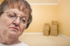 When It's Time to Move: How to Help Your Elderly Parent During a Move Transition. By: Brenda Dever-Armstrong, CEO/Owner - The Next Horizon Senior & Military Housing Locator. Real Estate Courses, Real Estate School, Military Housing, Aging In Place, Sell Your House Fast, People In Need, Real Estate Marketing, Home Buying, Helpful Hints