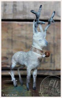 Fil À Sophie Hand made Deer Spun cotton Christmas ornament Wattefigur Reh Hirsch Weihnachten