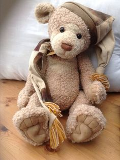 Charlie Bears Figaro how sad does he look you would want to give him a cuddle his lovely