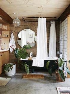 runder spiegel badezimmer fliesen