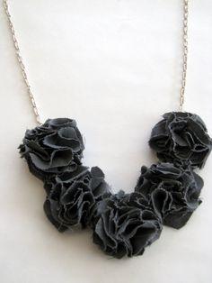 fabric necklace http://www.littlemissmomma.com/2010/12/pom-pom-bib-necklace-tutorial-lmm.html