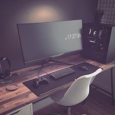 Home Office Designs - Home offices are now a norm to modern homes. Here are some brilliant home office design ideas to help you get started. Computer Desk Setup, Gaming Room Setup, Pc Desk, Pc Setup, Workspace Desk, Computer Gaming Room, Bedroom Workspace, Bedroom Setup, Gaming Rooms