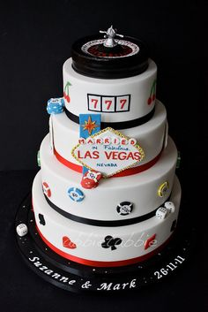 VEGAS wedding centerpieces | Las Vegas themed wedding cake .... | Flickr - Photo Sharing!