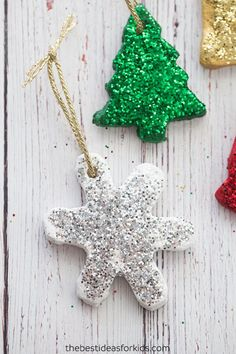 This salt dough ornament recipe is so easy to make! Make the best salt dough ornaments with these great tips for how to make salt dough. Christmas Activities, Christmas Crafts For Kids, Diy Christmas Ornaments, Simple Christmas, Kids Christmas, Holiday Crafts, Fun Crafts, Best Salt Dough Ornament Recipe, Salt Dough Ornaments