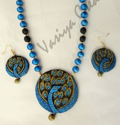peacock terracotta Paper Jewelry, Fabric Jewelry, Jewelry Crafts, Handmade Jewelry, Terracotta Jewellery Designs, Terracota Jewellery, Polymer Clay Necklace, Ceramic Jewelry, Simple Jewelry