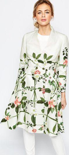 Elegante abrigo blanco mujer asos estampado floral colección otoño/invierno 2015,página 2 - Stileo.es