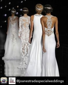Dresses and details that make you fall in love. How is your dreamt dress? Irina Shayk, Bridal Fashion Week, Date Outfits, Couture, Ciel, Formal Dresses, Wedding Dresses, Luxury Fashion, Beautiful
